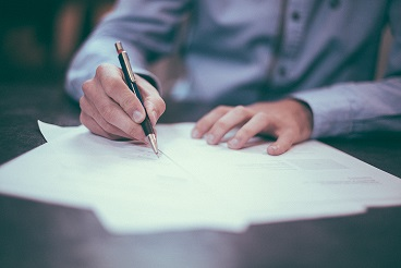 Course Image Translating contracts: DOs and DON'Ts